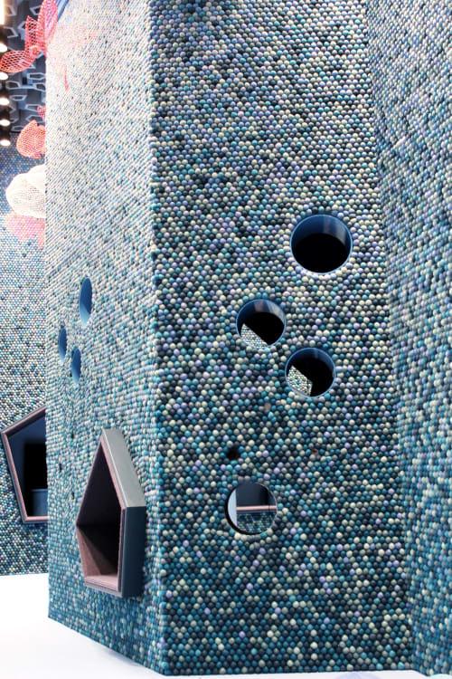 Art & Wall Decor by WOOLDOT seen at St. Olavs plass, Sankt Hanshaugen - Wall art in felt balls made from 100% wool.