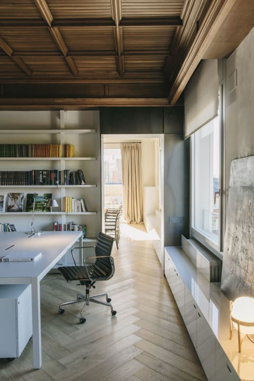 Interior Design by ISABEL LOPEZ VILALTA + ASOCIADOS seen at Private Residence, Barcelona - PENTHOUSE