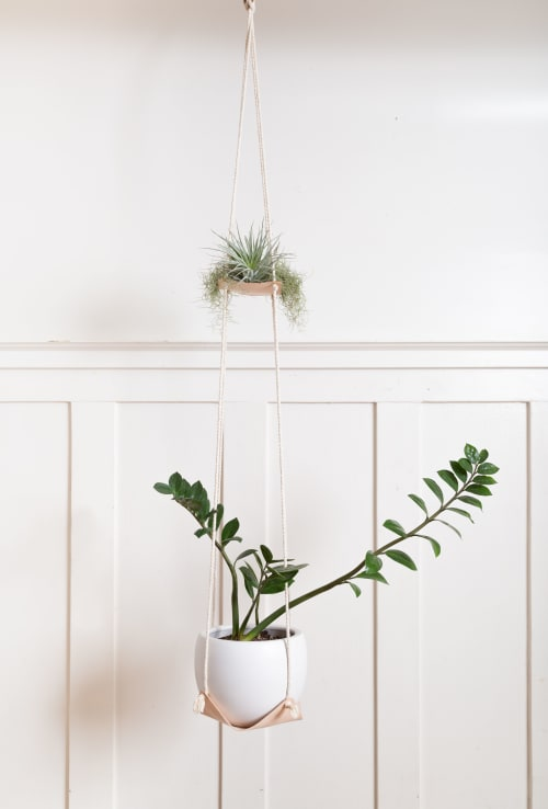 Plants & Flowers by Keyaiira | leather + fiber seen at Private Residence, Santa Rosa - Dual Leather Plant Hammock