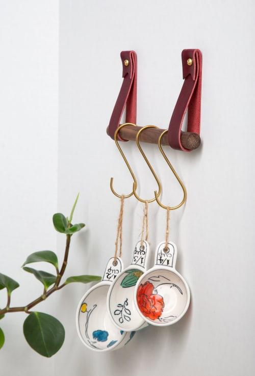 Hardware by Keyaiira | leather + fiber seen at Santa Rosa, Santa Rosa - Mini Hanging Dowel Kit in Veg Tan