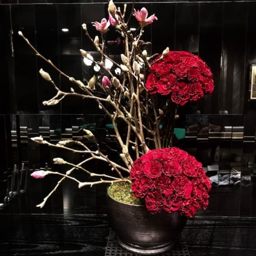 Floral Arrangements by EPOCH FLORAL seen at Chicago, Chicago - Roses and Magnolia