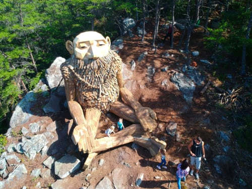 Public Sculptures by Thomas Dambo seen at Great Smoky Mountains - Leo the Enlightened
