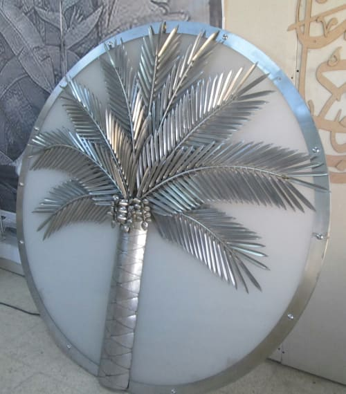 Art & Wall Decor by SHANAHEEL ALMESK seen at Private Residence, Dubai - stainless steel palm