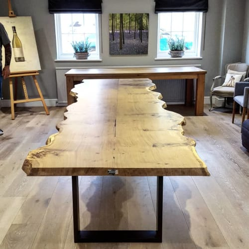 Tables by Handmade in Brighton seen at Private Residence, Royal Tunbridge Wells - Starburst Oak Live-Edge Dining Table