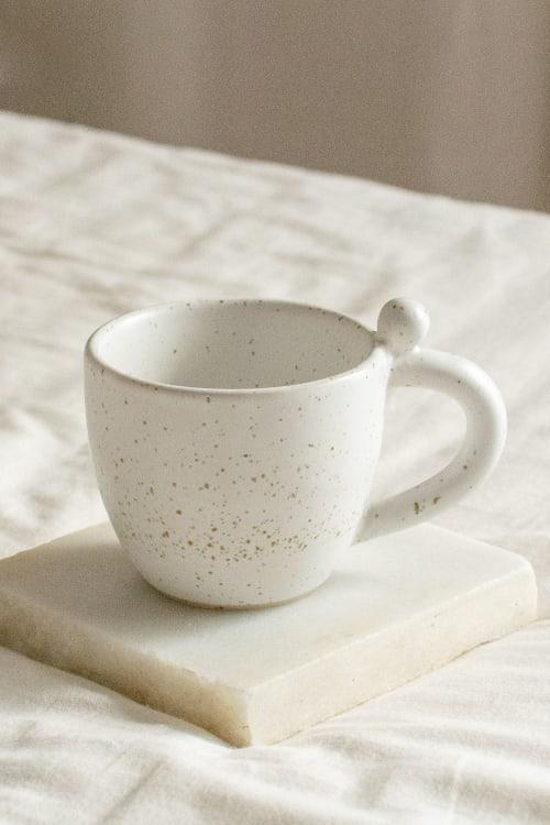 Ceramic Plates by Oema Ceramics seen at Private Residence, Barcelona - Stracciatella Ball Mug