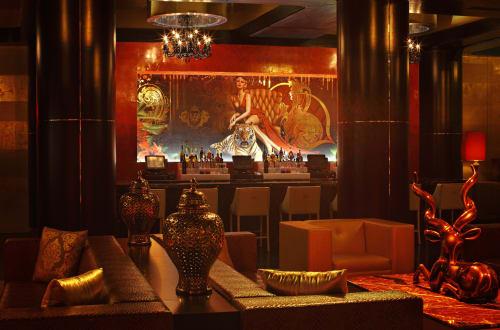 Murals by Amy Rader seen at Atlanta, Atlanta - Vanquish Lounge