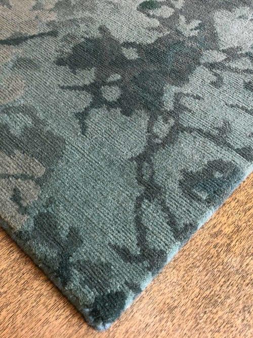 Rugs by Emma Gardner Design, LLC seen at Private Residence - NEPTUNE (custom)
