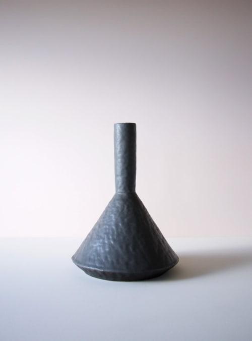 Vases & Vessels by Giselle Hicks Ceramics seen at Private Residence, Helena, Helena - Black Zig Zag Vases