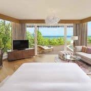 Pendants by ONG CEN KUANG seen at JW Marriott Maldives Resort & Spa, Van'gaaru - Kelopak