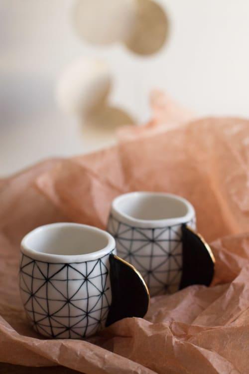 Porcelain Espresso Cups Black & White | Cups by Cóte García Ceramics
