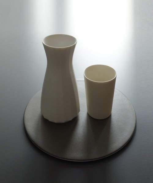 Cups by Bokyung & Minsoo seen at SOOBO, Dießen am Ammersee - carafe and cup