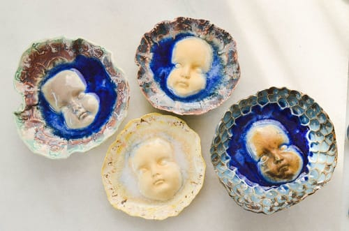 Sculptures by Mary Helen Leonard seen at Austin, Austin - Emerging Dishes