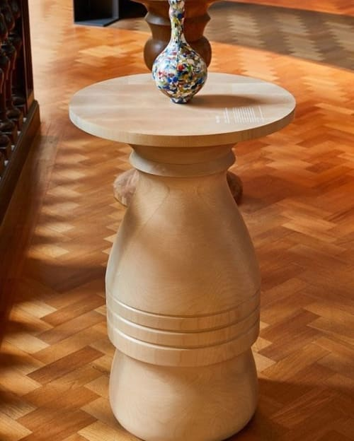 Public Art by Lakeland Bespoke seen at Victoria and Albert Museum, London - Turned Plinths