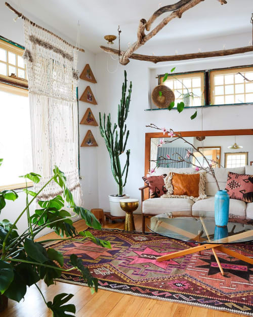 Macrame Wall Hanging by Modern Macramé by Emily Katz seen at Private Residence, Los Angeles - Modern Macrame Installation