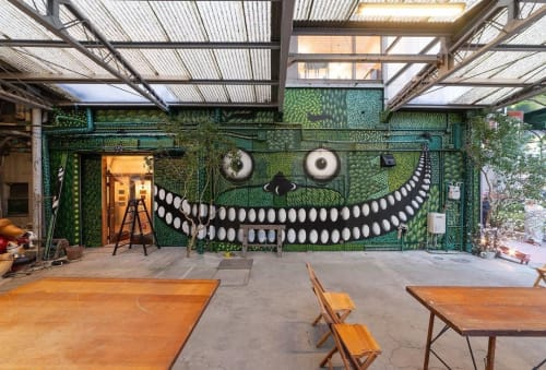 Murals by yoshi47 seen at Private Residence, Nagoya - Store In Factory / Antique shop