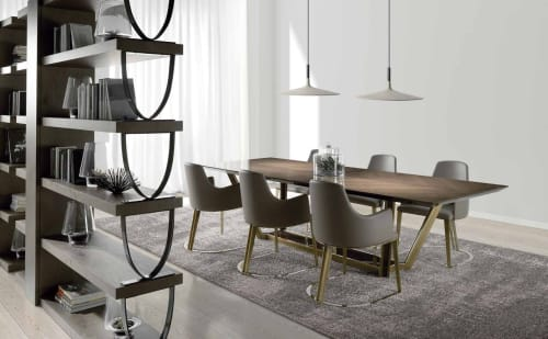 Tables by Amboan seen at Private Residence, Valencia - Rectangular Fixed Dining Table with Round Metal Dining Chair