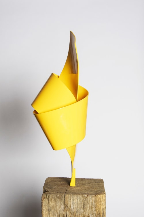 Sculptures by Joe Gitterman Sculpture seen at Private Residence, Madison - Yellow Bow Tie