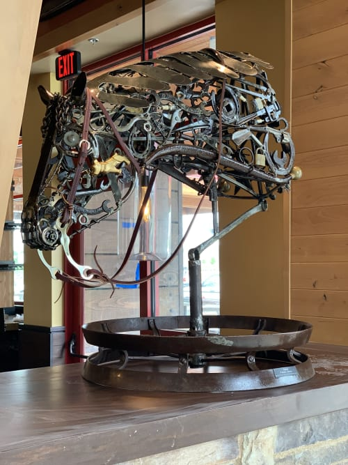 Art Curation by TMJ CREATIVE SCULPTURES seen at Lazy Dog Restaurant & Bar, Dallas - Horse