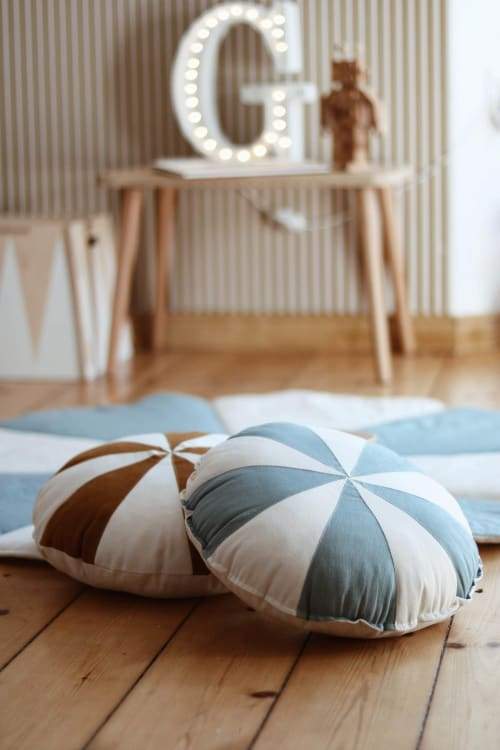 "Pillows by Moi Mili seen at Private Residence - Patchwork pillow ""caramel drops"""