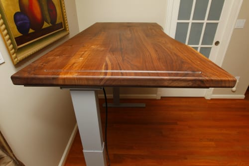 Tables by Jeff Spugnardi Woodworking seen at Private Residence, Arlington - Adjustable Height Desk