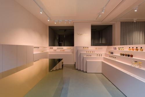Interior Design by 1zu33 seen at Klenzestraße, München - Perfume Store Munich