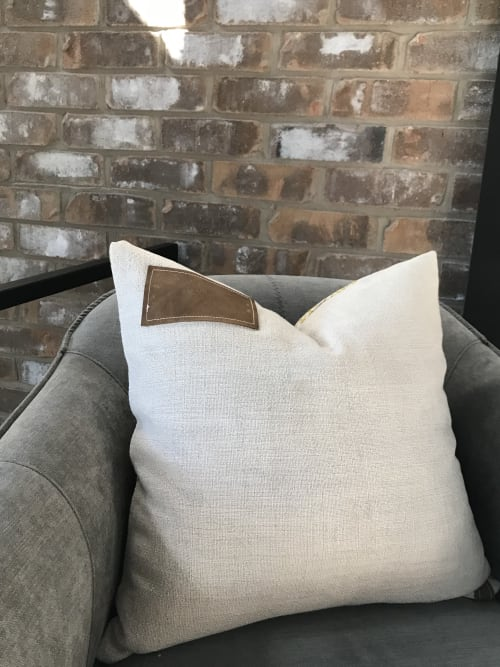Pillows by OTTOMN seen at Private Residence, Guelph - Designer Pillow in Natural Cotton/Linen Blend