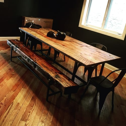 Tables by Breclaimed seen at Private Residence, Chicago - Reclaimed Dining table