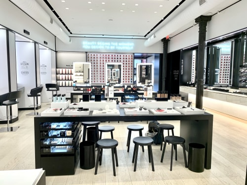 Architecture by Do The Magic seen at New York, New York - Chanel Atelier Beaute