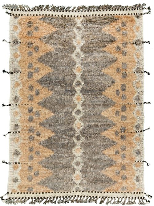 Rugs by Mehraban seen at Private Residence, Los Angeles - Modlina, Kust Collection
