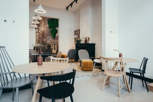 Pendants by WOUD seen at Ydee Design House, Gent - Annular