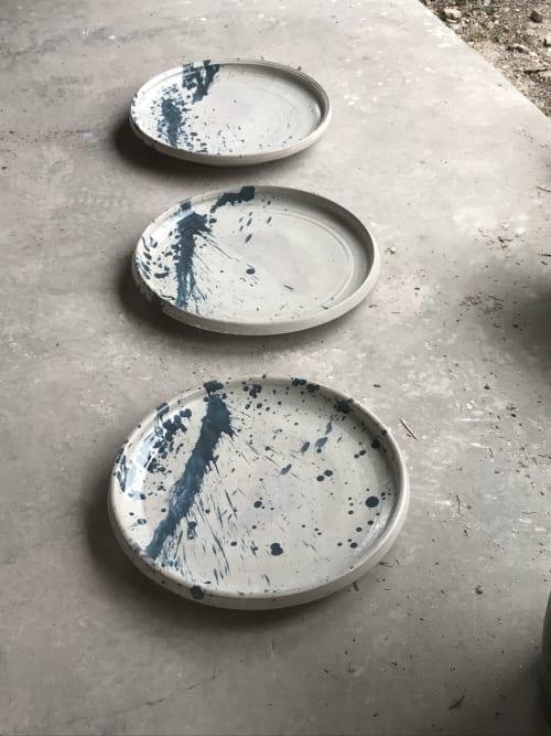 Ceramic Plates by Lynn Mahon seen at Lokoya Winery, Spring Mountain Road, Saint Helena, CA, Saint Helena - Abstract Splash Plate