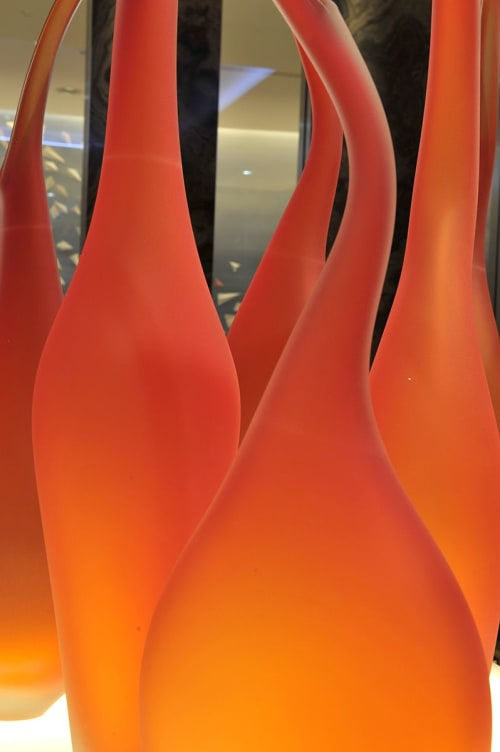 Sculptures by Jeff Goodman Studio seen at Frankfurt Airport, Frankfurt - Lima Vase