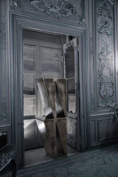 Furniture by Gustavo Martini seen at Palazzo Doria Pamphilj, Valmontone - Statera