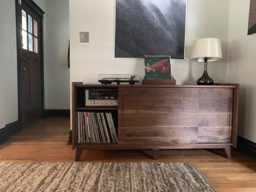 Furniture by Brokenpress Design+Fabrication seen at Private Residence, Chicago - Standard Deluxe Audio Credenza