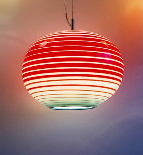 Pendants by Julie Conway (Illuminata Art Glass Design LLC) seen at Private Residence, Pittsburgh - LANTERNA