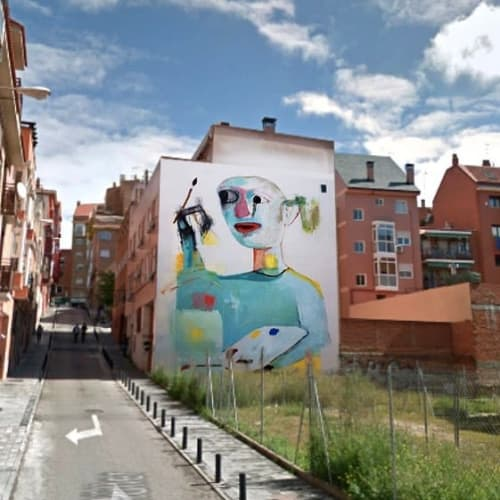 Street Murals by Luciano Suárez seen at Madrid, Madrid - Girl Mural