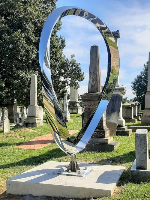 Public Sculptures by Wenqin CHEN seen at 1801 E St SE, Washington - Endless Curve