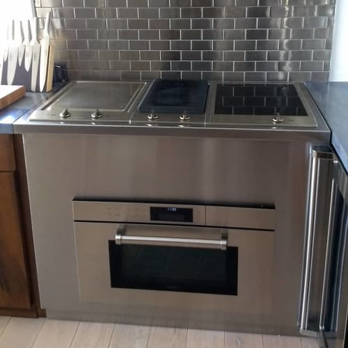 Furniture by Noah Grossman Furniture seen at Private Residence, New York - Stainless cabinet & counter