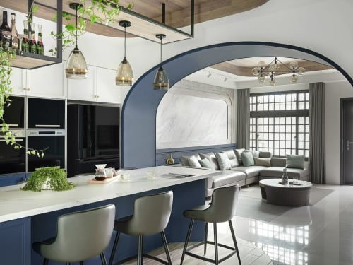 Interior Design by Han-Yue Interior Design seen at Private Residence - A Place in the Sun