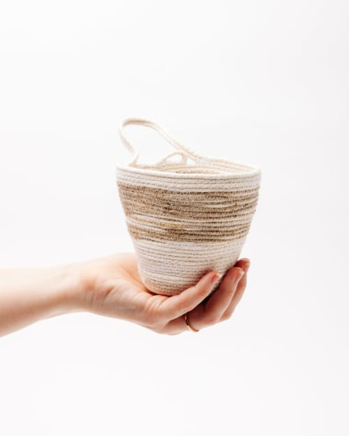Vases & Vessels by MOkun seen at Wescover Gallery at West Coast Craft SF 2019, San Francisco - Jute Medium Planter