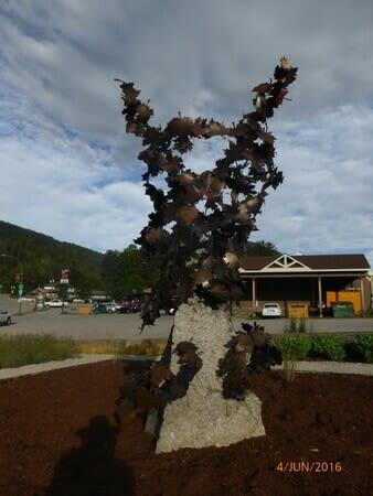 """Public Sculptures by John McKinnon seen at Revelstoke, Revelstoke - """"Blowin in the wind"""""""
