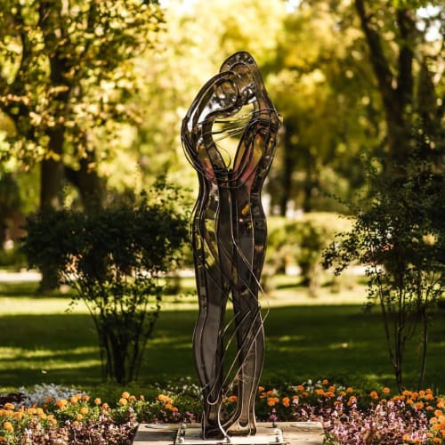 Public Sculptures by Alex Lidagovsky seen at Taras Shevchenko Park, Kyiv - Sculpture