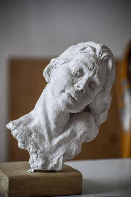 Sculptures by Rose Ceramic & Sculpture seen at Private Residence, Toronto - Women Bust