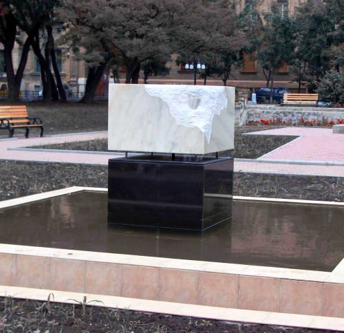 Public Sculptures by Linda-Saskia Menczel seen at Piața Plevnei, Timișoara - The Cube Fountain