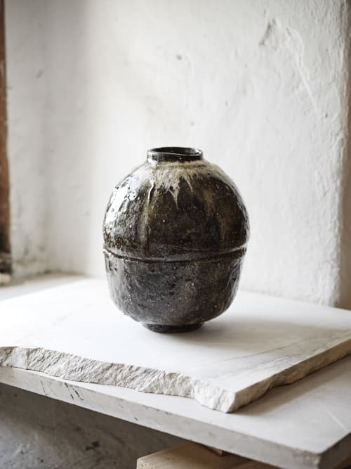 Vases & Vessels by studionero. / Gregor Titze seen at OmvedGardens, London - Vessel 05