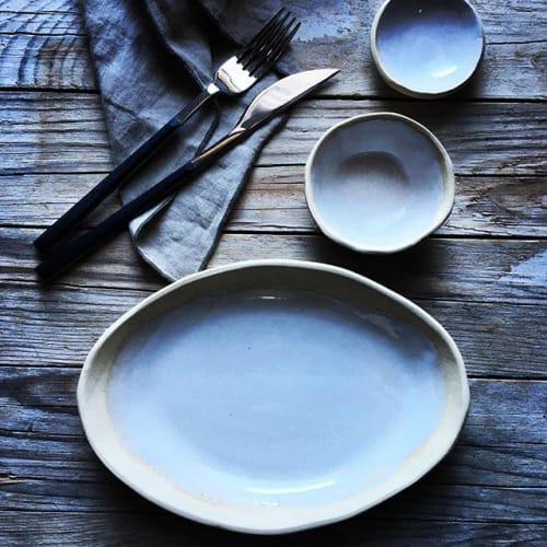 Ceramic Plates by Carola Barroch seen at El Remedio Ibiza, Santa Gertrudis de Fruitera - Tableware set White Island