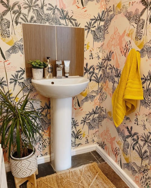 Wallpaper by KITTY McCALL seen at Private Residence, Folkestone - Queen Palm Wallpaper