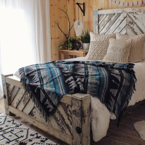 "Linens & Bedding by Sackcloth & Ashes seen at Angie May's ""Our Happy Cabin"", Phoenix - Arrow Blue"