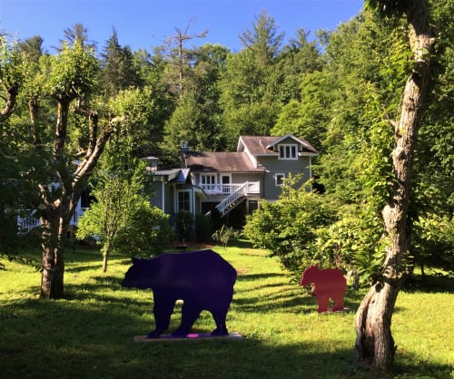 Public Sculptures by jim collins sculpture seen at Private Residence, Highlands - BEAR FAMILY