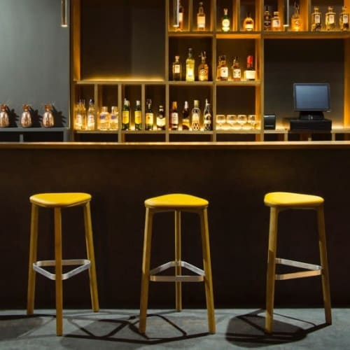 Chairs by Marcel Sigel seen at Jagger Club, València - Perch Stools